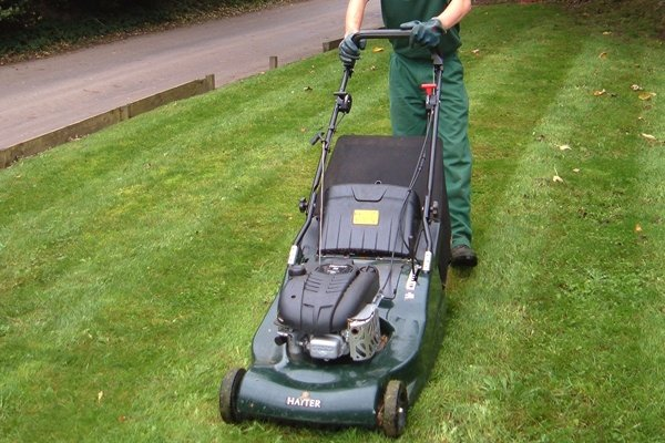 How to pack lawn mowers for a move?